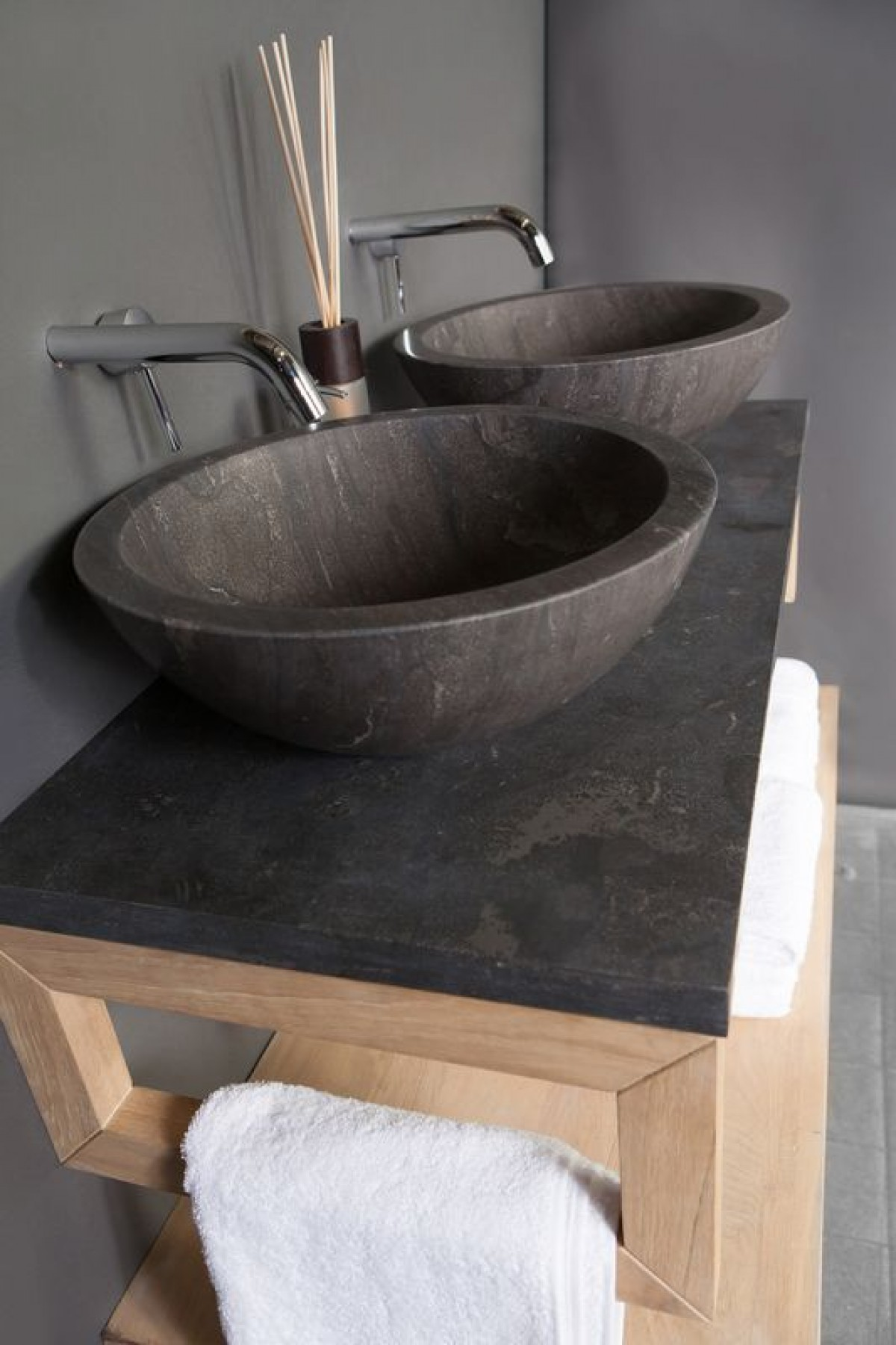 lavabo en pierre de taille roma commande avec la garantie. Black Bedroom Furniture Sets. Home Design Ideas